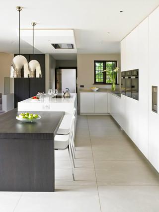 简欧风格客厅三层连体别墅大气客厅和餐厅的设计