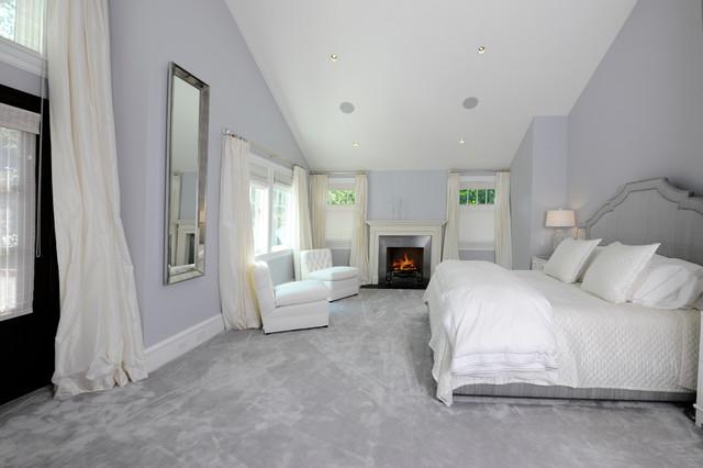 欧式风格2013年别墅卧室温馨阁楼卧室装潢