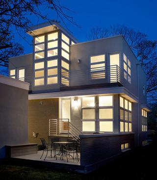 现代简约风格卧室2层别墅浪漫卧室白色门装修图片
