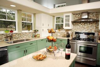 美式乡村风格三层独栋别墅温馨绿色橱柜装修图片