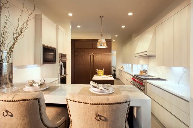 欧式风格家具2013别墅低调奢华厨房餐厅一体装修