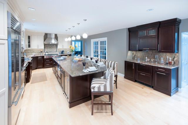 美式风格三层连体别墅豪华卧室厨房隔断酒柜装潢