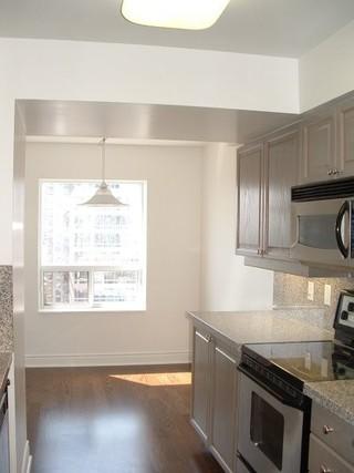 房间欧式风格300平别墅大气白色效果图
