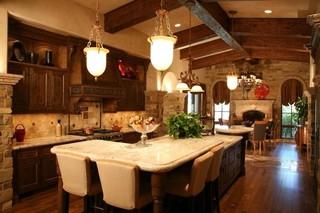 美式乡村风格客厅300平别墅唯美大理石餐桌图片