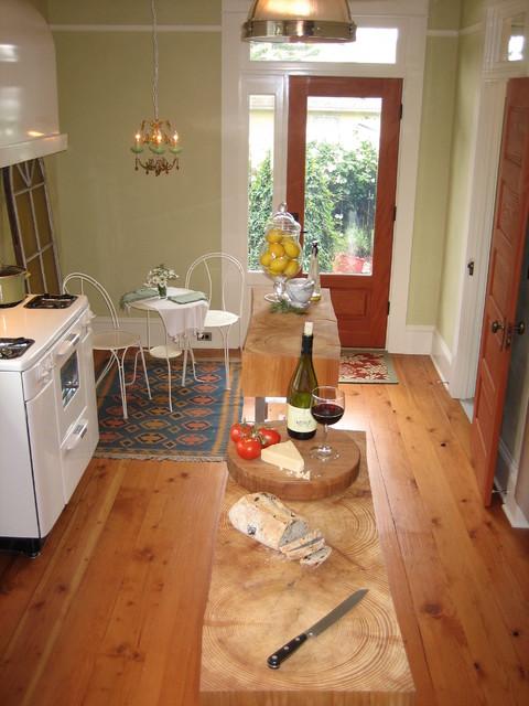 美式乡村风格卧室三层双拼别墅简单温馨入户玄关设计图