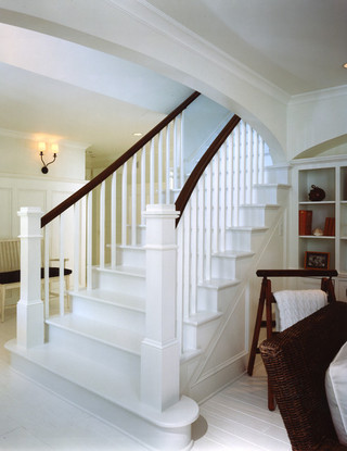 欧式风格一层半别墅浪漫婚房布置室外楼梯设计