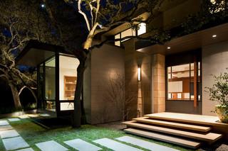 现代美式风格三层半别墅别墅豪华私家庭院设计