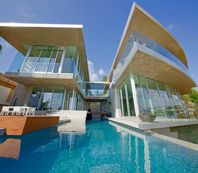 别墅一体式游泳池