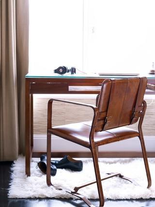 美式风格小公寓简单实用咖啡色装修图片