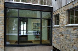 美式乡村风格一层半小别墅舒适客厅窗户图片