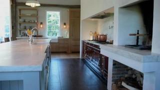 欧式风格卧室三层别墅及舒适大理石餐桌图片