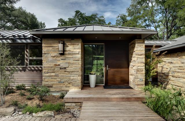 现代美式风格200平米别墅温馨客厅庭院围墙设计图图片