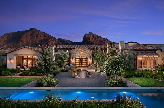 现代欧式风格三层双拼别墅新古典室内游泳池装修效果图高清图片