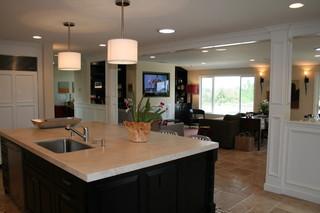 美式风格客厅单身公寓设计图阳台实用厨房餐厅一体装潢