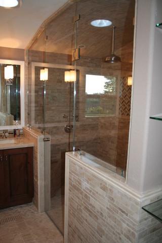 美式风格酒店式公寓简单实用卫浴间瓷砖效果图