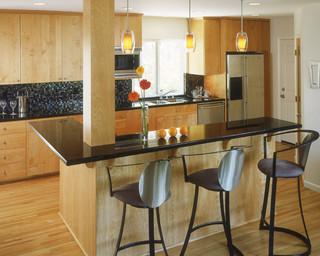 现代美式风格单身公寓舒适客厅与餐厅灯效果图