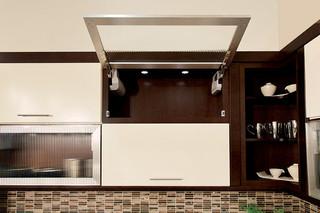 现代简约风格餐厅老年公寓温馨厨房推拉门装修效果图