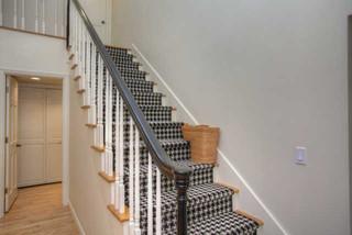 欧式风格客厅一层别墅及简单温馨别墅楼梯设计图纸