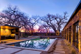 地中海风格家具三层连体别墅唯美室内游泳池装修图片