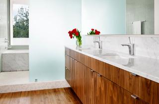 现代简约风格餐厅3层别墅温馨客厅品牌浴室柜效果图