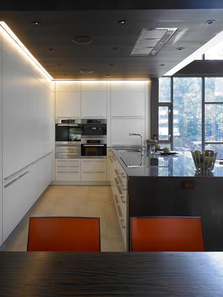 英伦风格200平米别墅时尚衣柜2013整体厨房设计