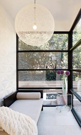 英伦风格三层小别墅时尚客厅露台阳光房设计