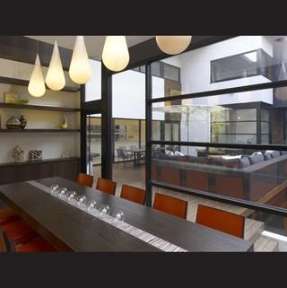 英伦风格三层别墅时尚家具餐桌桌布效果图