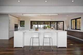 现代简约风格餐厅小型公寓时尚简约宜家椅子效果图