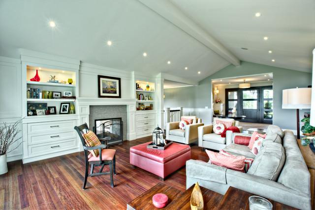 北欧风格客厅300平别墅唯美实木沙发图片
