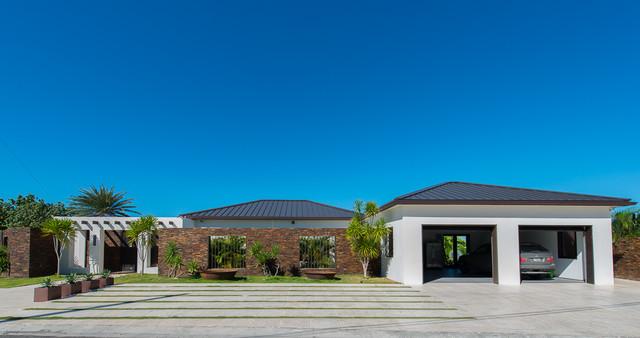 东南亚风格客厅三层平顶别墅唯美装修效果图高清图片