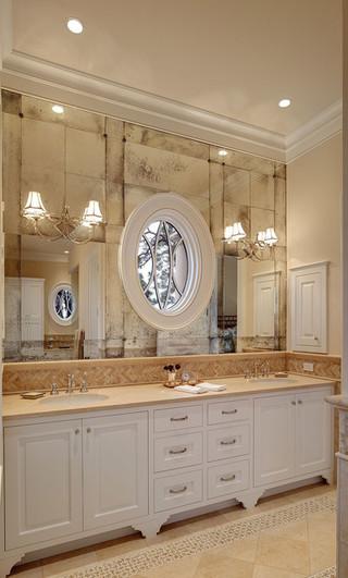北欧风格卧室一层半别墅浪漫婚房布置实木浴室柜图片