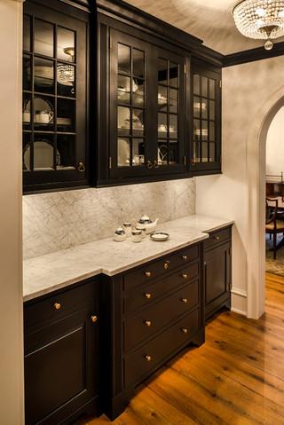 欧式风格3层别墅温馨装饰收纳柜效果图