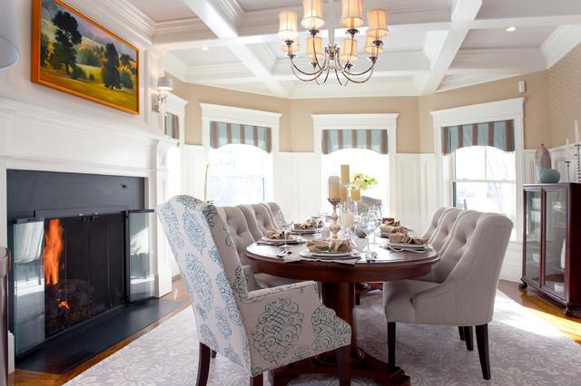 欧式风格客厅公寓温馨装饰红木家具餐桌效果图