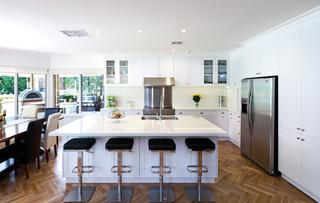 房间欧式风格大气2014家装厨房家庭餐桌图片