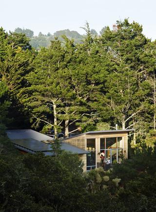现代简约风格三层半别墅小清新室内窗户效果图