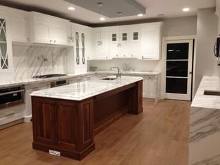 现代简约风格厨房单身公寓温馨客厅家用餐桌效果图