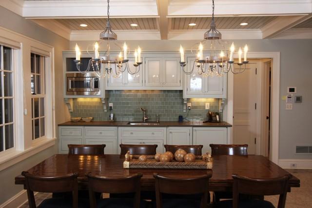 欧式风格一层半别墅大气家庭餐桌效果图