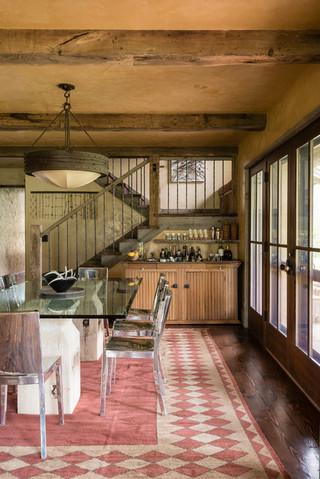 新古典主原木色家居实木餐桌图片
