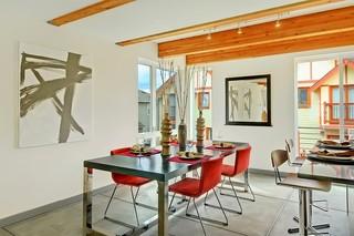 宜家风格客厅大户型红木餐桌效果图