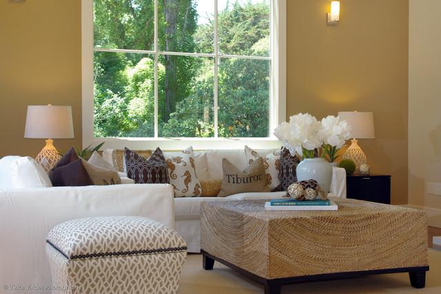 现代简约风格复式公寓低调奢华根雕茶几效果图