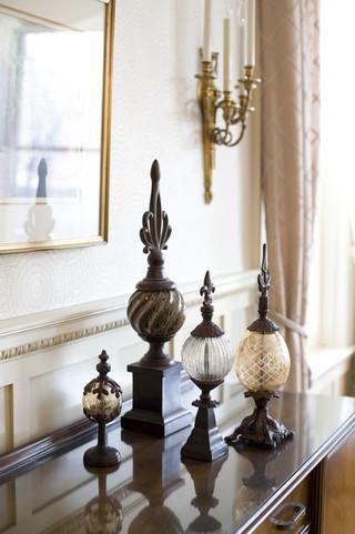 新古典风格卧室单身公寓设计图艺术家具品牌壁灯图片