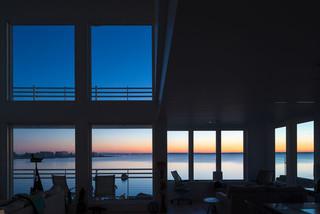现代简洁实用的住宅