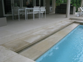 现代简约风格别墅泳池装修