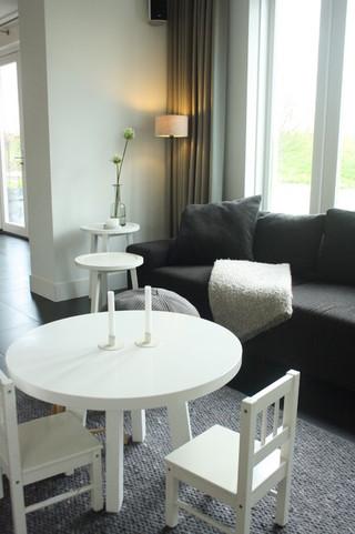 北欧风格独栋大宅装修 绿植摆件精心搭配