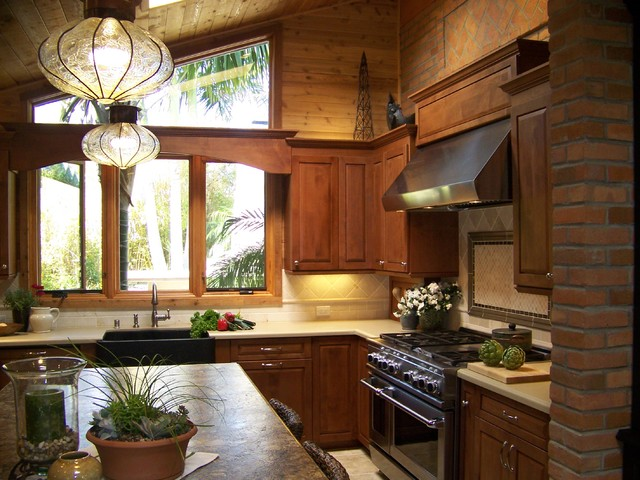 加州美式家居 实木橱柜开放式厨房整体感强