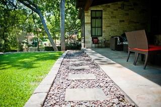 简易露台装修 绿色花园风景最好