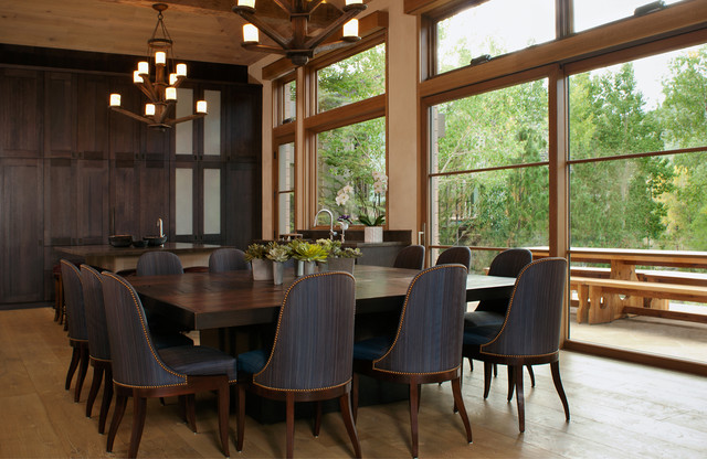 美式风格别墅时尚餐厅效果图
