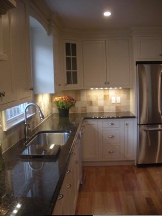 美式风格厨房设计  温馨与实用兼顾