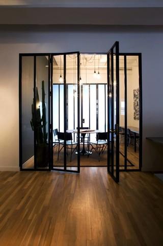 12万打造3房两厅  现代简约风格白领最爱