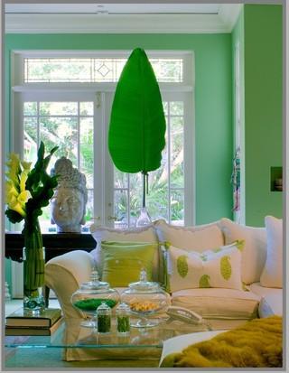 色彩对比强烈的客厅